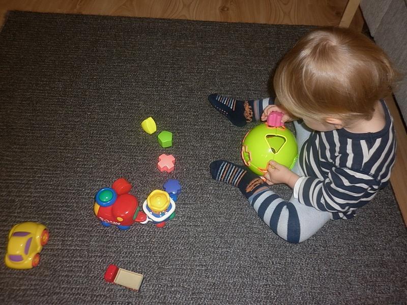 zabawa zabawkami2