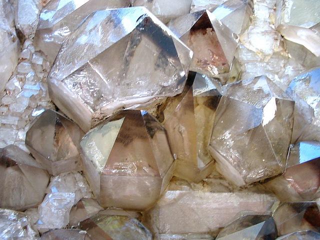 kamienie kryształ