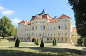 Rogalin koło Poznania – idealne miejsce na rodzinny spacer