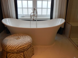 bathtub-902362_640